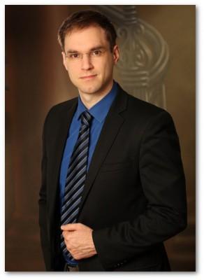 Dennis Grieser, MM (*)